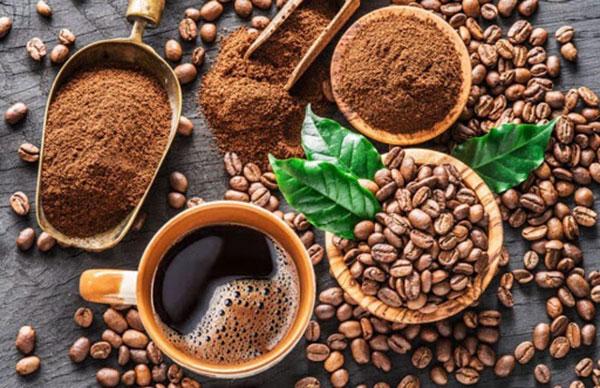Dùng bột cafe làm sạch lò vi sóng Sharp