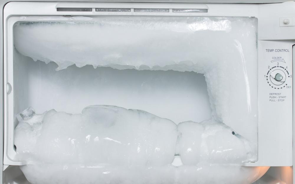 Tủ lạnh đóng tuyết gây lãng phí điện năng